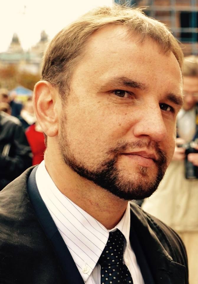 Фото: https://www.facebook.com/volodymyr.viatrovych?fref=ts