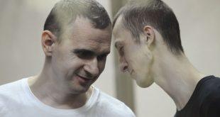 Олег Сенцов і Олександр Кольченко. Фото: vlada.io