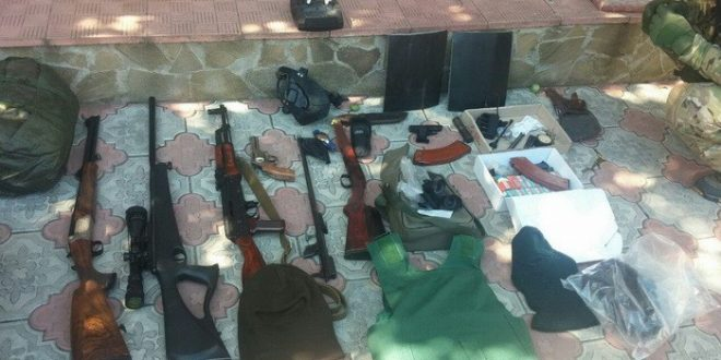 Виявлена під час обшуків зброя. Фото: ssu.gov.ua