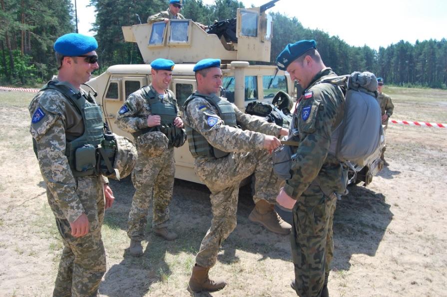 Polscy i ukraińscy żołnierze podczas ćwiczeń Anakonda-16/ Fot. LITPOLUKRBRIG
