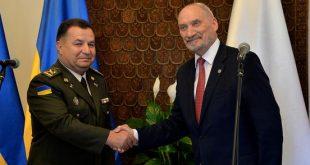 Степан Полторак та Антоні Мацеревич. Фото: mon.gov.pl