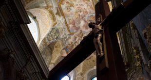 У Львові показали відреставровану частину фресок Гарнізонного храму