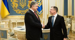 Петро Порошенко, Курт Волкер. Фото: president.gov.ua