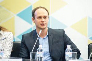 Дмитро Науменко.