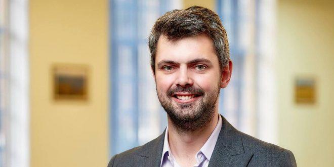 Глава УІНП Антон Дробович / Фото liga.net
