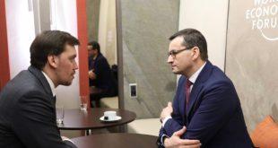 Український прем'єр Олексій Гончарук та польський Матеуш Моравецький під час зустрічі  на Всесвітньому економічному форумі в швейцарському Давосі / Фото www.kmu.gov.ua