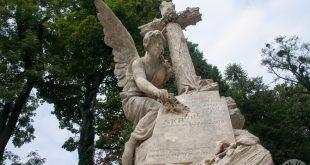 Lychakiv-cemetery-258