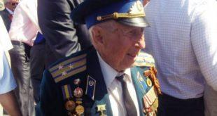 Борис Стекляр на Дні Перемоги в Рівному. Фото: istpravda.com.ua