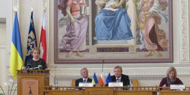 Учасників Форуму вітає міністр освіти і науки України Лілія Гриневич. Фото: kpi.ua