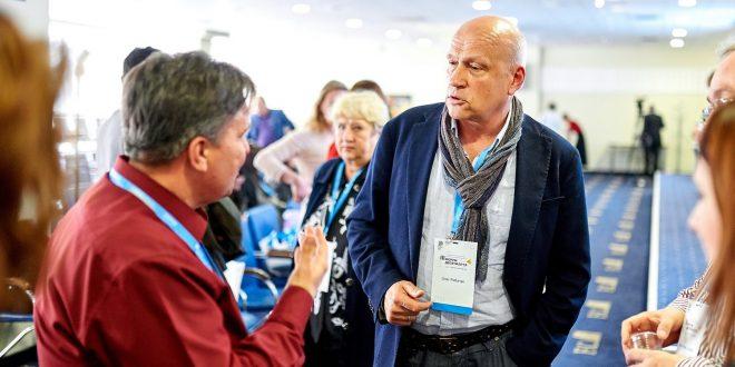 Олег Рибачук. Фото: ІІІ Форум десятиліття