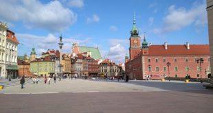 Замкова площа, колона Зигмунда ІІІ Вази і Королівський замок у Варшаві. / Фото Ігоря Тимоця.